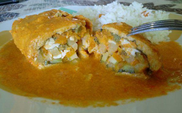 receta-rollos-pollo-salsa-pimiento-morron