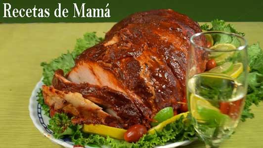 Receta-para-preparar-pierna-de-cerdo-adobada-con-chile-ancho